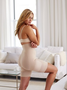 Panty gainant taille haute Rear Lift & Thigh Control Nude - Miraclesuit Shapewear