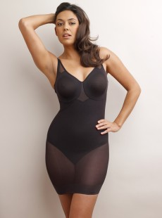 Fond de robe sculptant noir - Sexy Sheer Shaping - Miraclesuit Shapewear